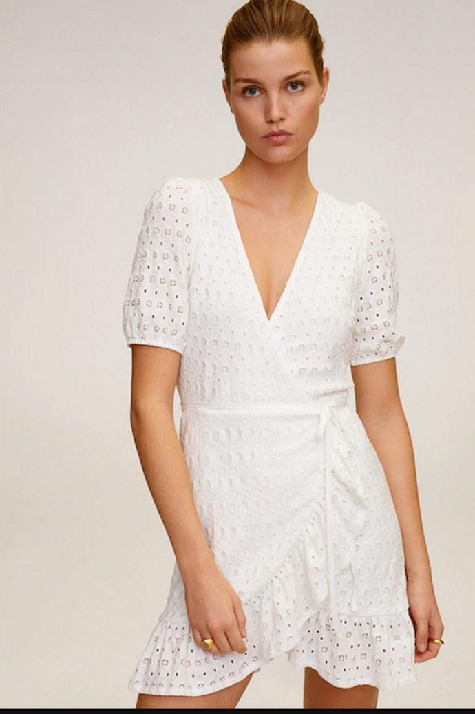 Φόρεμα με διάτρητες λεπτομέρειες