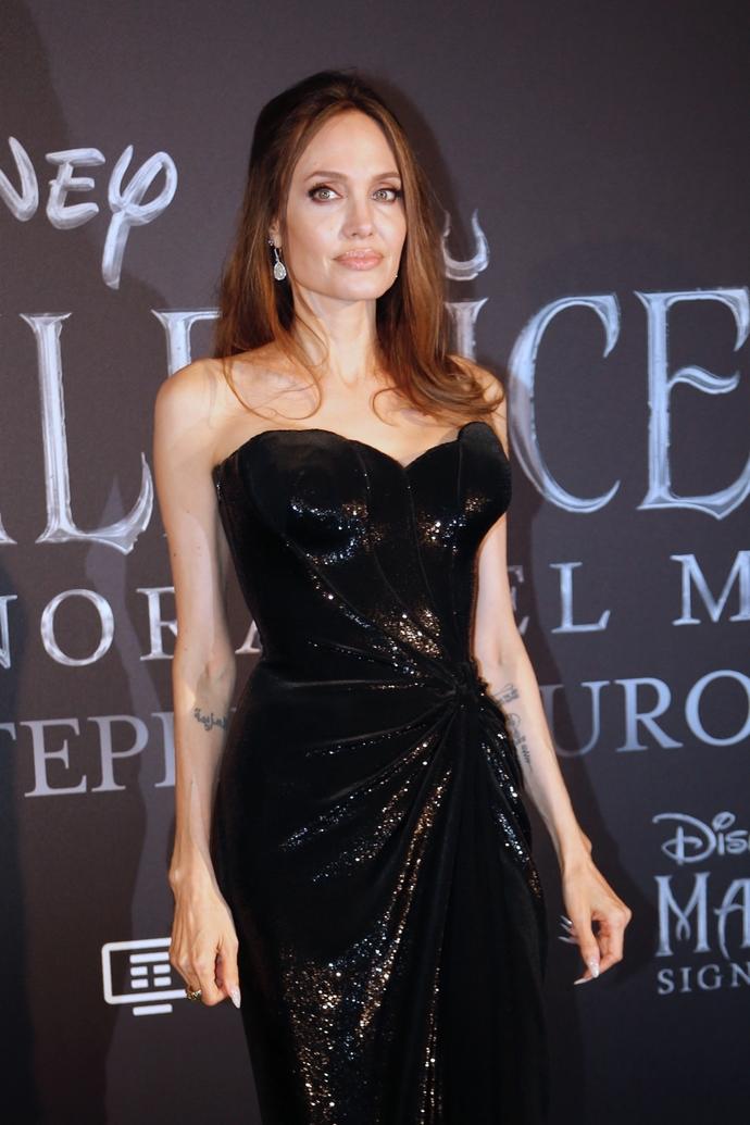 Angelina Jolie πλαστικές επεμβάσεις