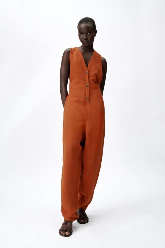 Οversized λινή φόρμα