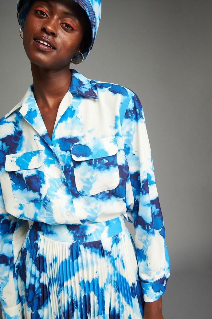 Πουκάμισο με tie-dye μοτίβο σε μπλε απόχρωση