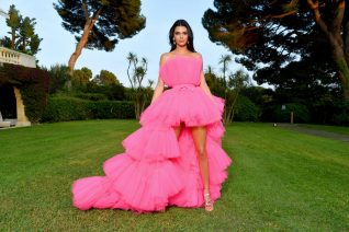 H Kendall Jenner ανοίγει για πρώτη φορά τις πόρτες του σπιτιού της. Φανταστικό