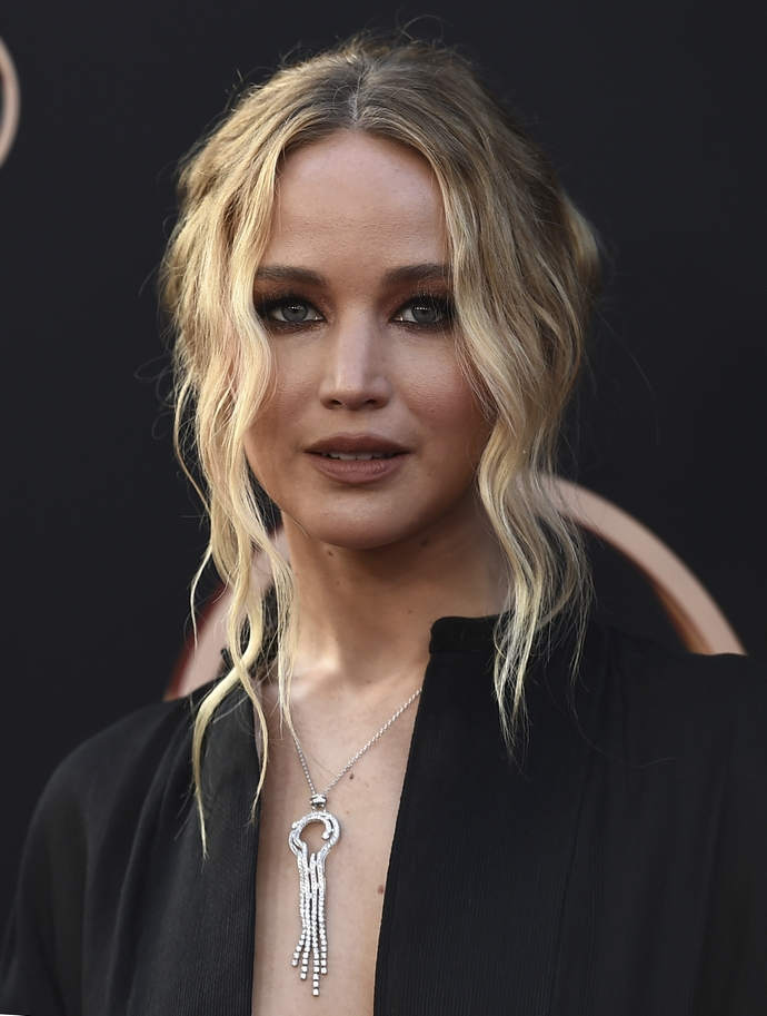 Jennifer Lawrence ξανθά μαλλιά