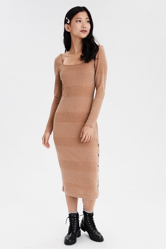 Πλεκτό μάξι φόρεμα