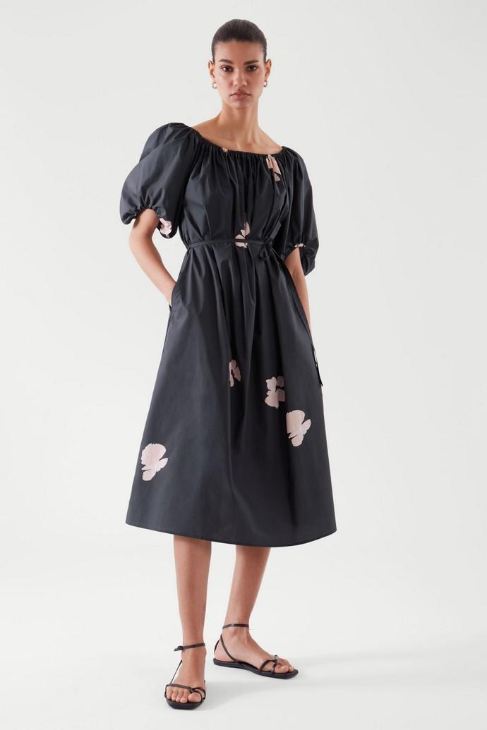 Φόρεμα με puffy sleeves