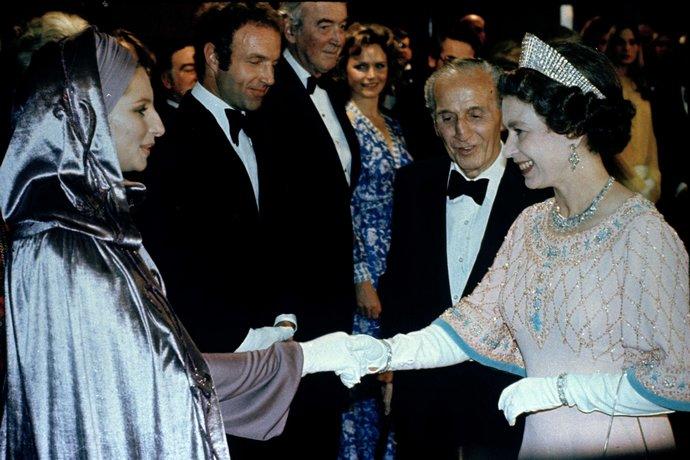 συναντήσεις την βασίλισσα Ελισάβετ