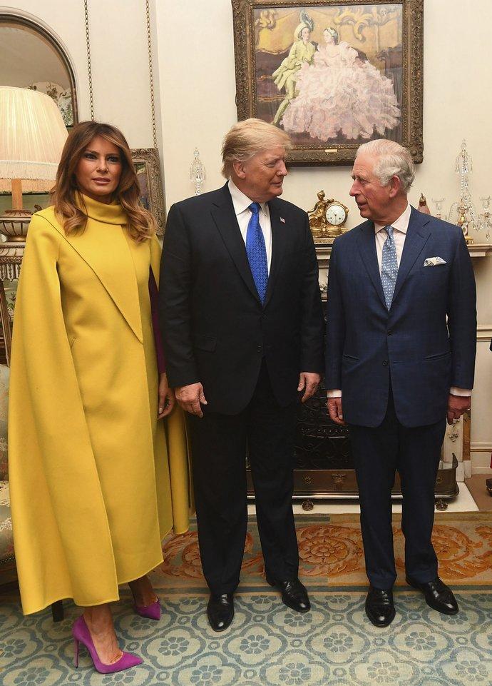 Ο Donald και Melania Trump με τον Πρίγκιπα Κάρολο στο Λονδίνο