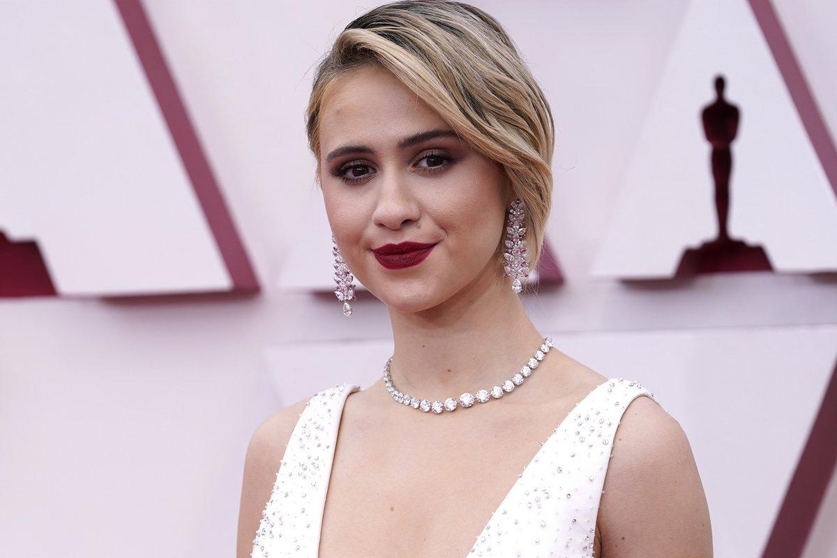 Maria Bakalova Oscars 2021
