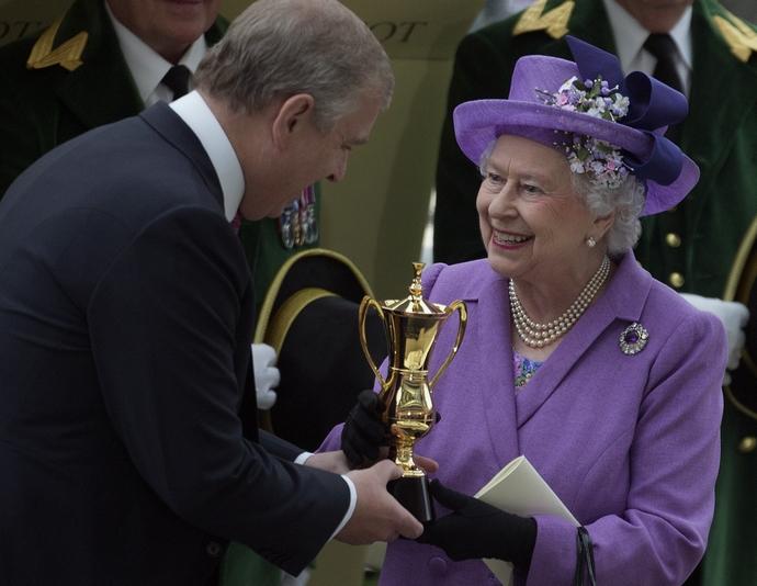 πρίγκιπας Andrew, βασίλισσα Ελισάβετ