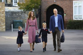 Ο πρίγκιπας William διδάσκει τον πρίγκιπα George να σέβεται τις γυναίκες