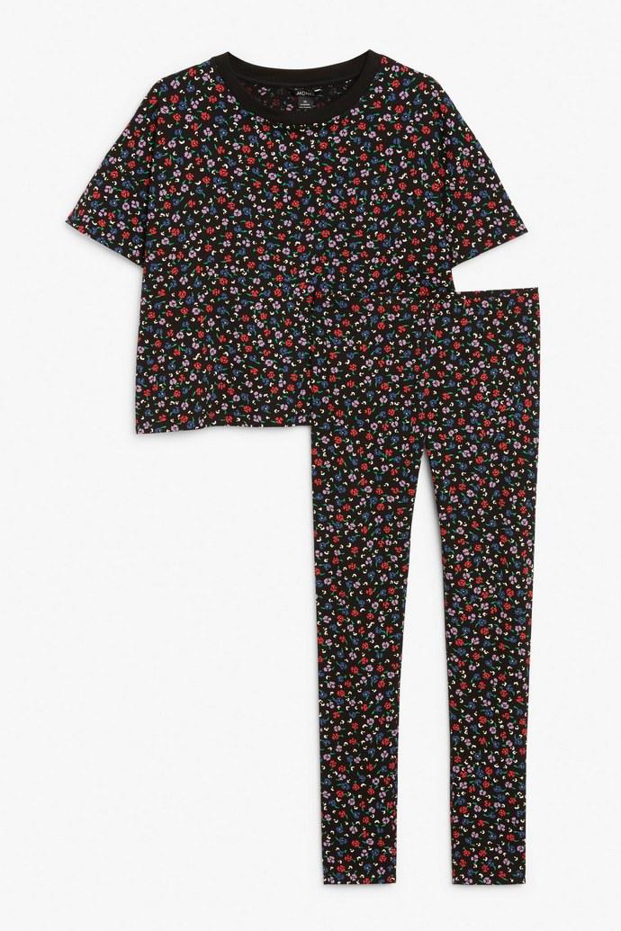 Φλοράλ πιτζάμες