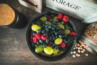 4 φρέσκες τροφές που μπαίνουν στην κατάψυξη (και 4 κόλπα για να το κάνεις)