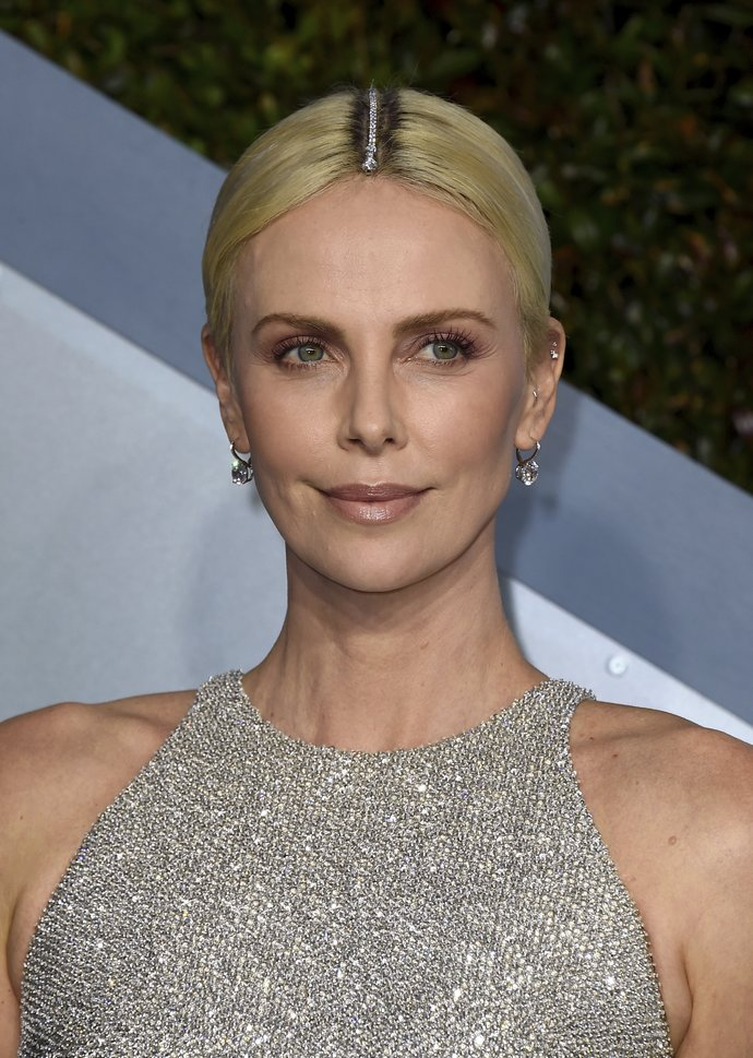 Charlize Theron arrives at the 26th annual Screen Actors Guild Awards
