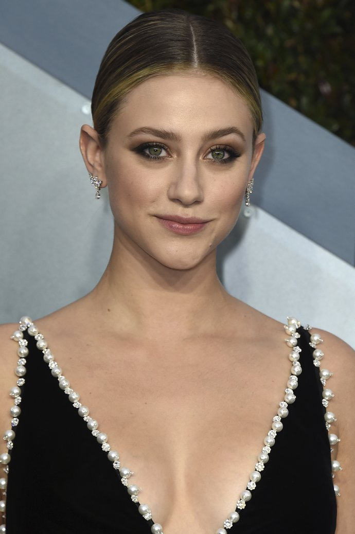 Lili Reinhart arrives at the 26th annual Screen Actors Guild Awards