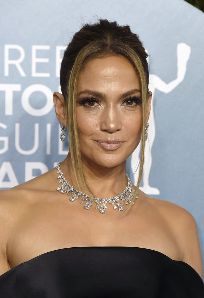 Jennifer Lopez arrives at the 26th annual Screen Actors Guild Awards