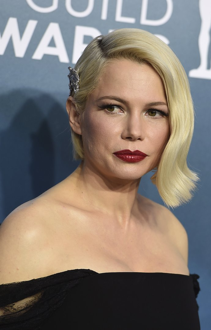 Michelle Williams arrives at the 26th annual Screen Actors Guild Awards