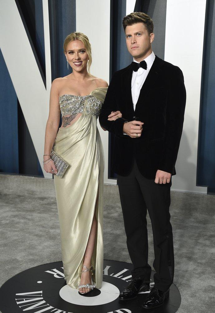 Scarlett Johansson - Colin Jost