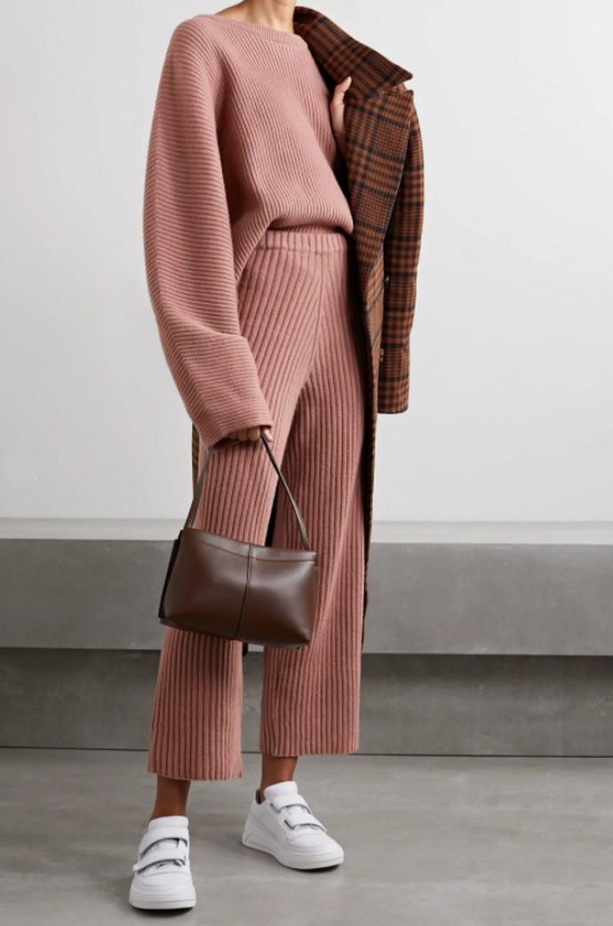 Rib πουλόβερ και παντελόνι