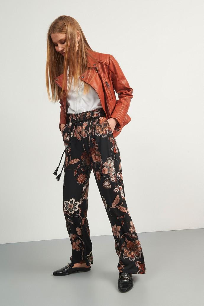 Παντελόνα με λουλούδια