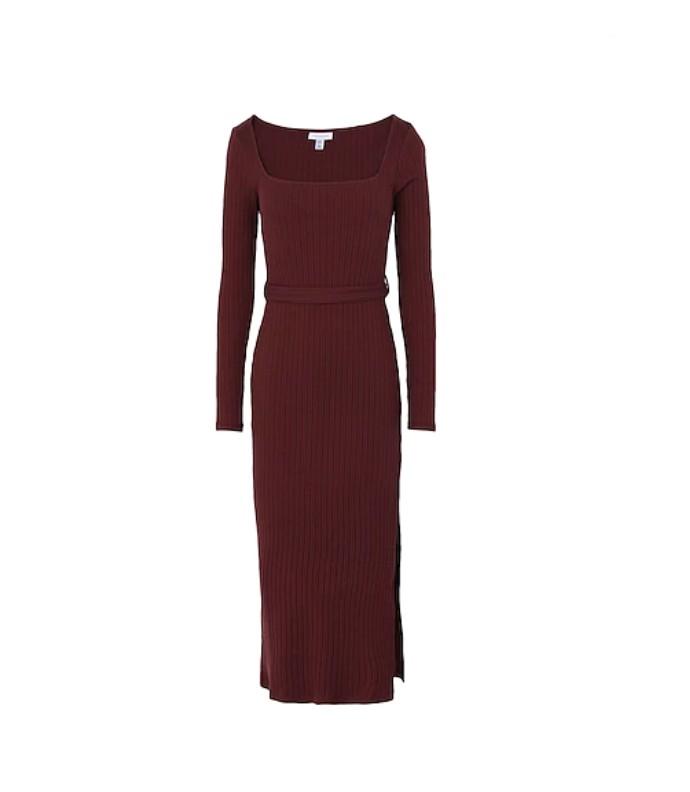 Πλεκτό φόρεμα με ζωνάκι