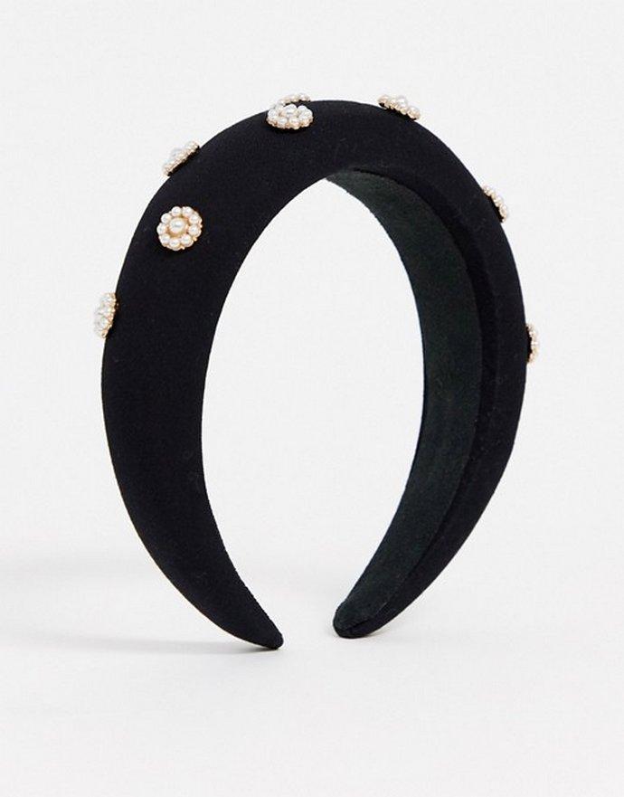 Μαύρη βελούδινη στέκα με περλέ mini στοιχεία