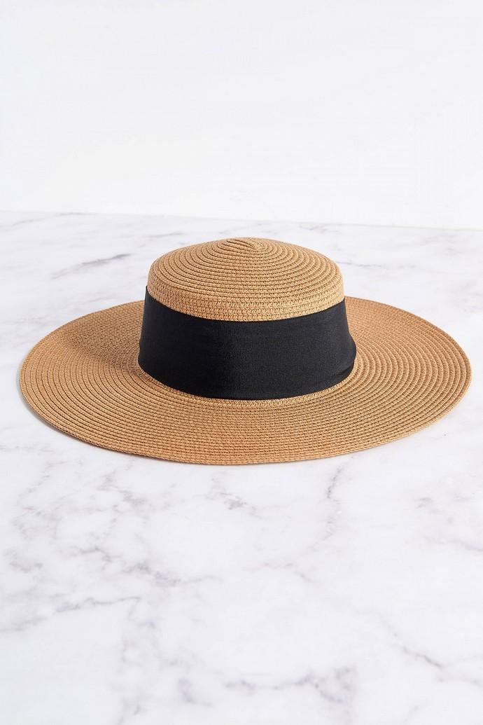 Καπέλο με κορδέλα