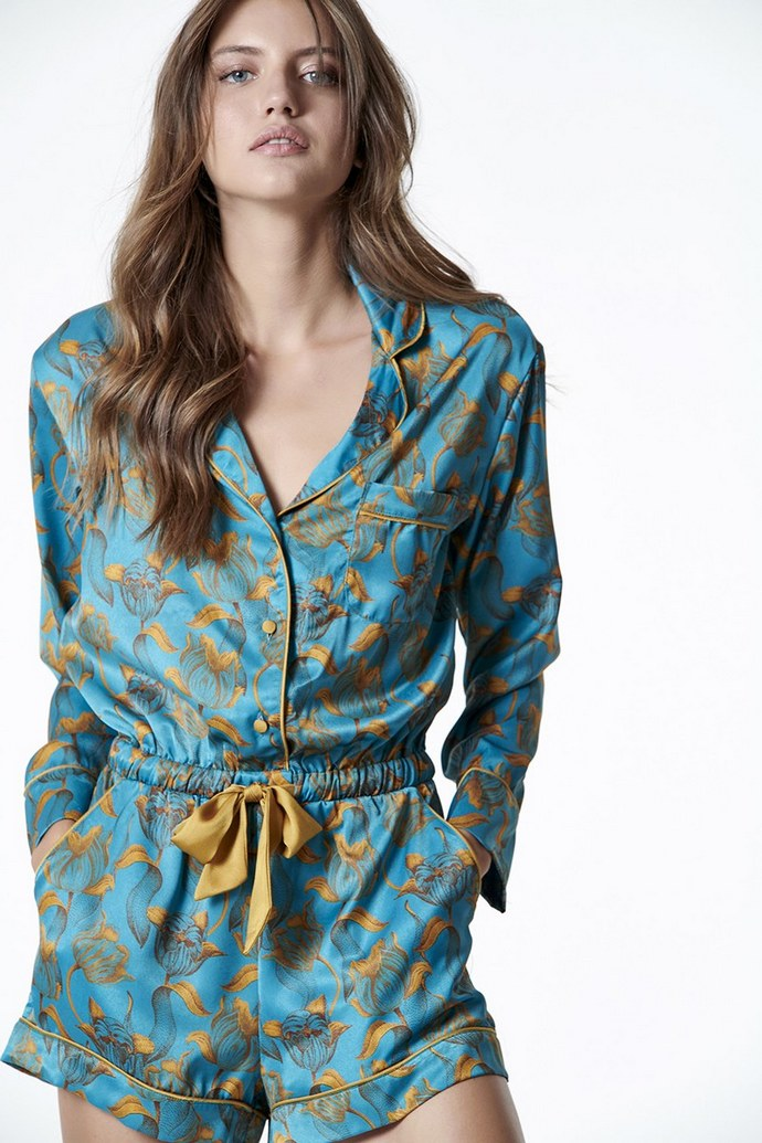 Satin κοντή ολόσωμη φόρμα σε στιλ lingerie