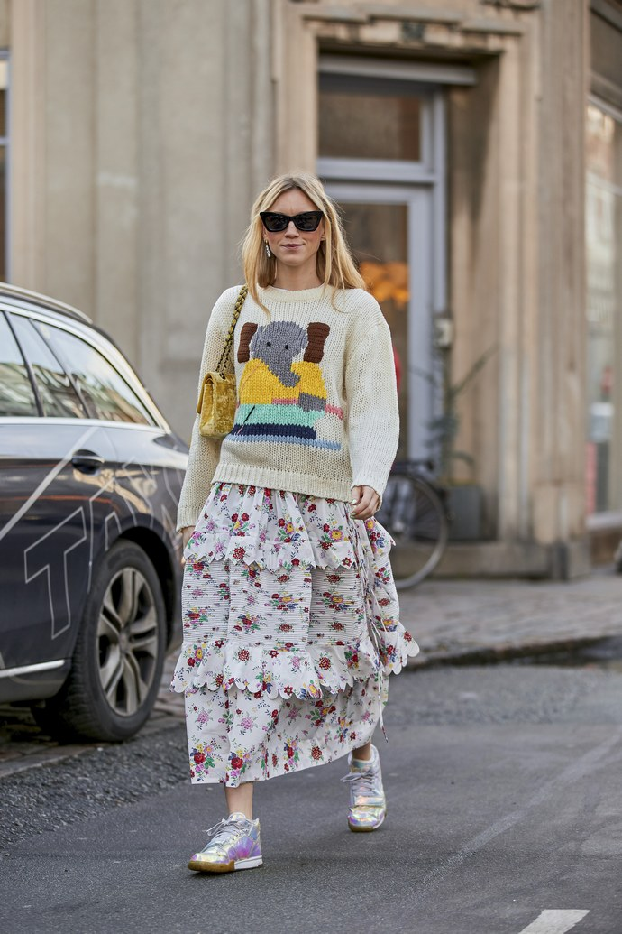 Οι 4 νέοι τρόποι να φορέσεις το πουλόβερ -σύμφωνα με τα street look των Fashion Weeks