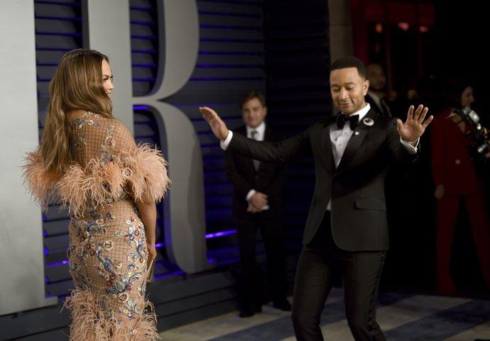 Chrissy Teigen και John Legend