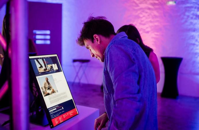 Στιγμιότυπο από το λανσάρισμα του tommy.com