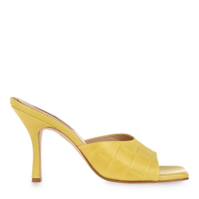 Δερμάτινα παπούτσια με πλεκτό σχέδιο