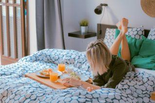 Τα 7 πράγματα που κάνουν οι πετυχημένες γυναίκες τα Σαββατοκύριακα
