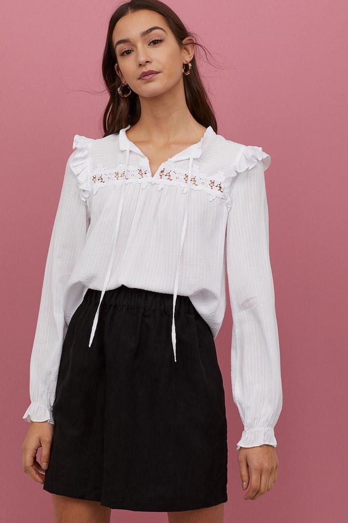 λευκές μπλούζες