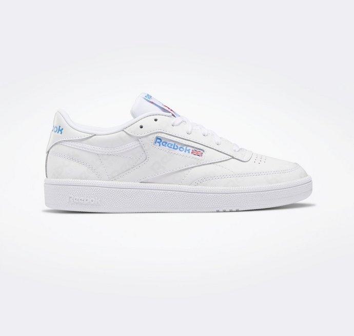 λευκά αθλητικά παπούτσια
