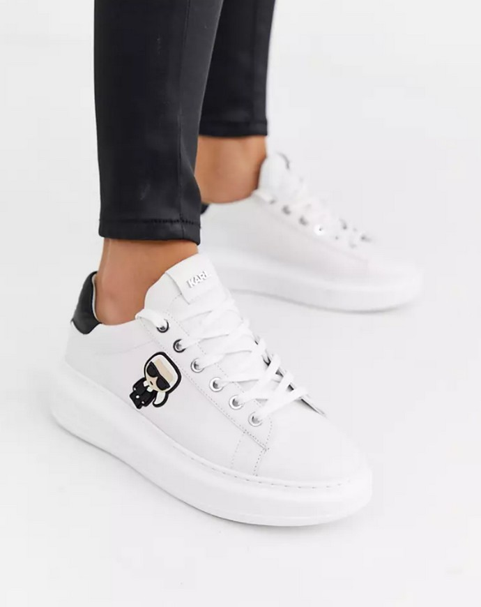 Sneakers με παχιά σόλα