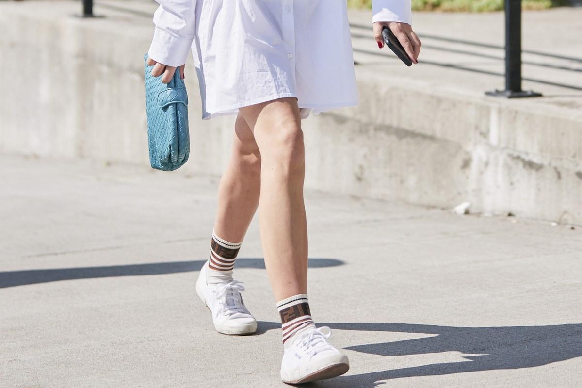 4 λευκά sneakers για να υποδεχτείς την άνοιξη | Ladylike.gr