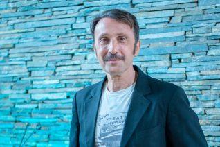 Ο Ρένος Χαραλαμπίδης ξεσπά για όσους κατηγορούνται στον χώρο του θεάτρου: «Μα είναι ηλίθιοι οι άνθρωποι»