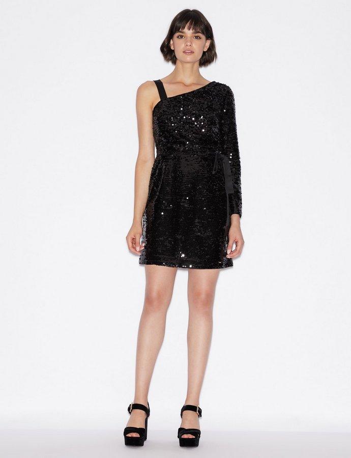 μαύρο φόρεμα με παγιέτες